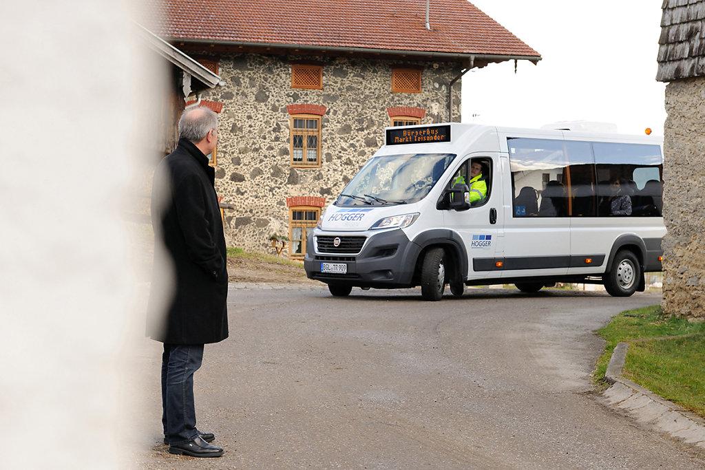 Hogger-Bus-1229.jpg