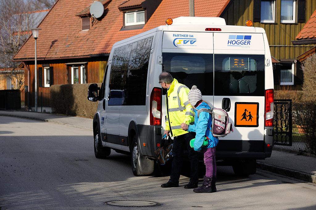 Hogger-Bus-1390.jpg