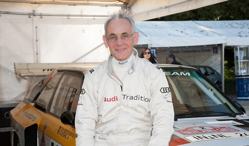 Harald Demuth vor dem Audi S1